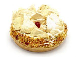 ski taart naar orgineel recept van meneer van oort zelf alleen te verkrijgen bij de patisserie van tops edelgebak in bilthoven, soest en zeist